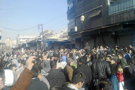 Siria exhibe su fuerza militar para prepararse contra una eventual agresión