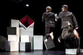 La Mecànica representa 'De nou un instant tan breu' en el Teatre d'Artà
