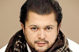 El «aclamado» tenor Celso Albelo abrirá el ciclo 'Grans veus' de la Simfònica