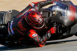 Lorenzo y Mir progresan en los test de Jerez