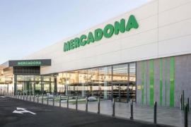 Mercadona firma un preacuerdo para subir un 15 % los sueldos de su plantilla