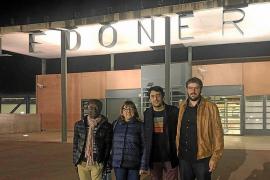 Bel Busquets y Guillem Balboa visitan a Junqueras y a Romeva en la cárcel