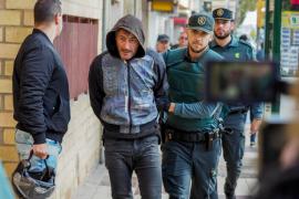 La juez envía a prisión a los cinco detenidos por la desaparición violenta de Nuria Ester Escalante en Ibiza