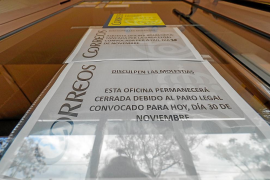 Cierran algunas oficinas de Correos de Ibiza con motivo de la huelga general