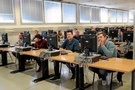 Más de 500 personas, en la repetición del examen para funcionario de la CAIB