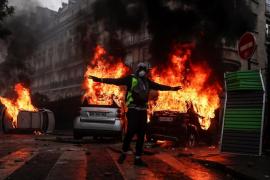 Al menos 110 heridos y 287 detenidos en Francia en las protestas de los 'chalecos amarillos'