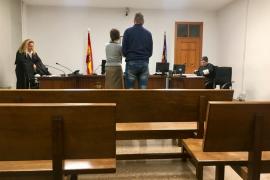 Tres años y medio de cárcel por estafar en el párking del aeropuerto de Palma