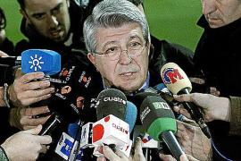 El Atlético liquida a Manzano y ya espera a Simeone