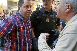 La Audiencia mantiene los cargos por un delito de odio contra Joan Font