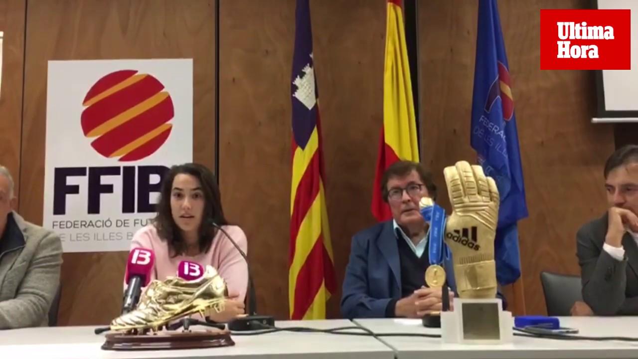 La Federación Balear rinde homenaje a la futbolista Cata Coll