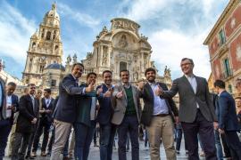 Casado pide a Sánchez que aplique el 155 ante una Generalitat «desbocada»