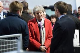 May retrasará el voto parlamentario sobre el acuerdo del Brexit para ir a Bruselas a pedir mejores condiciones