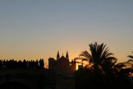 Observación del fenómeno lumínico del solsticio de invierno en Es Baluard