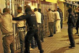 Treinta identificados en Navidad tras una pelea entre sudamericanos en la Plaza Mediterráneo