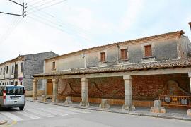 Alternativa y PI recogen las quejas vecinales sobre el uso del Abeurador en Santanyí