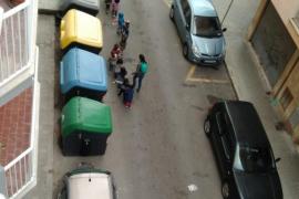 La basura pone en peligro a los peatones
