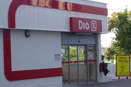 La cadena de supermercados Dia sale del IBEX 35 y cae el valor de sus acciones