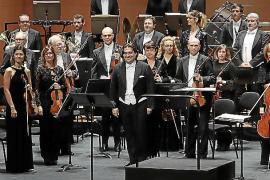 La Orquestra Simfònica recoge las 'Nadales del món' en un concierto coral en el Auditórium