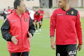 Ogunjimi y Nunes renuevan los argumentos de Caparrós