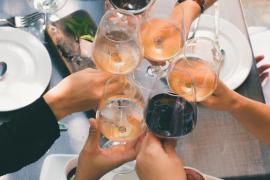 Siete vinos de Mallorca por menos de 10 euros para triunfar esta Navidad