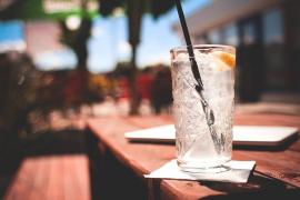 Juzgan a un camarero por intoxicar y estafar a 13 clientes