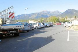 La alcaldesa de Campanet echa un pulso al Consell y se niega a cerrar el párking ilegal