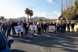 Nueva protesta de los trabajadores y jubilados de Endesa para exigir mejoras laborales en el convenio