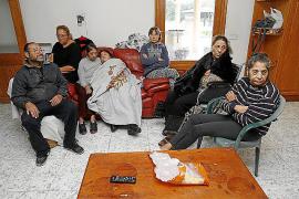 Los Santiago no serán desalojados de la casa antes de tres meses