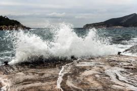 Viento huracanado y fuerte oleaje, consecuencias de la borrasca Flora