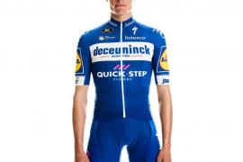 El ciclista Enric Mas presenta su equipación para 2019