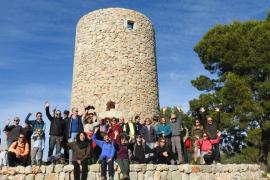 Marcha reivindicativa para reclamar la apertura del acceso al Molí des Castellet