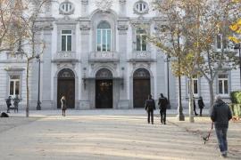 El Supremo rechaza paralizar la exhumación de Franco
