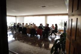La sección sindical de CGT en Emaya se concentra por las «sanciones desproporcionadas»