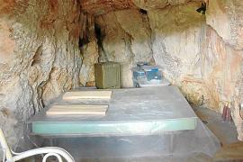 Multa de 79.000 euros para el responsable de convertir una cueva natural en vivienda