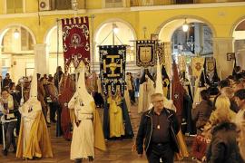 Las sanciones impuestas por la Asociación de Cofradías obligan al obispo de Mallorca a intervenir