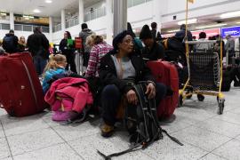 El aeropuerto de Gatwick vuelve a suspender su actividad por otro dron
