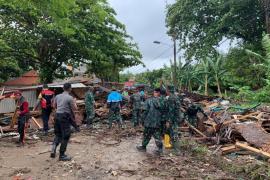 Al menos 222 muertos y cerca de 843 heridos por un tsunami en Indonesia
