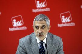 Llamazares dimite de sus cargos federales de IU por el «linchamiento»
