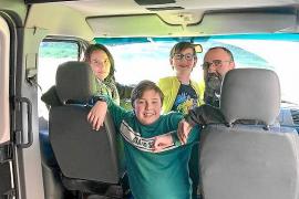 Viaje en camioneta de un mallorquín y su familia por la Ruta de la Seda