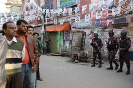 Cierran las urnas en Bangladesh en una violenta jornada electoral con al menos 17 muertos