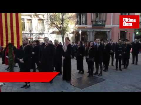 Palma celebra una emotiva y multitudinaria Festa de l'Estendard