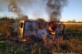 Arde una furgoneta en Son Banya