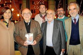 Tomeu Català presenta su libro solidario