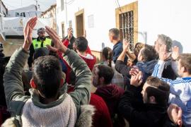 Los vecinos de El Campillo asaltan la casa de Bernardo Montoya