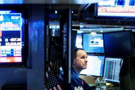 Wall Street abre con pérdidas por el descenso de Apple