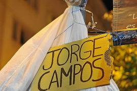 El muñeco 'ahorcado' de Jorge Campos, un posible delito de odio