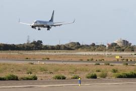 Desconvocan la huelga de tripulantes de cabina de Ryanair de este martes