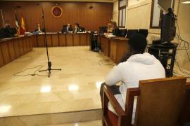 Acepta cuatro años de prisión tras reconocer que intentó violar a una joven en un bar de Magaluf