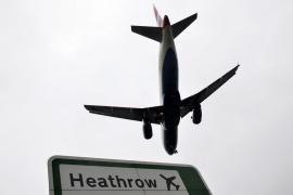 Heathrow reanuda los despegues después del avistamiento de un dron