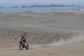 Joan Barreda abandona el Dakar siendo líder en motos